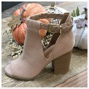 STELLA- Stacked Open Toe Cut Out Bootie